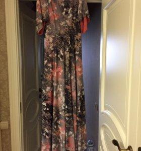Платье в пол на подкладке.