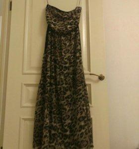 Платье длинное. Фирменное.