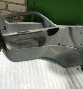 Обшивка двери левой Hyundai HD65/72/78