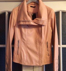 Новая, кожаная куртка Mohito, на 46 размер
