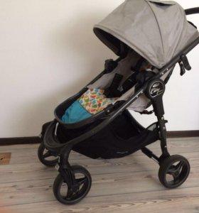 Детская прогулочная коляска Baby Jogger Versa