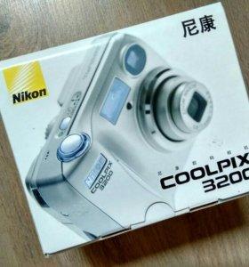 Фотоаппарат Nikon coolpix 3200.