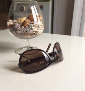 Солнечные очки Avon