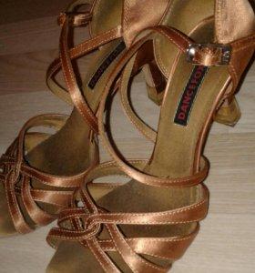 Туфли для латино-американской программы