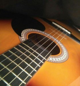 СРОЧНО Гитара + чехол