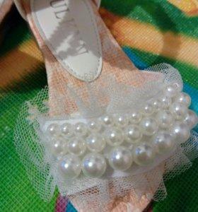 Босоножки, туфельки детские