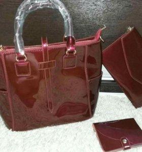 В наличии сумки в наборе...