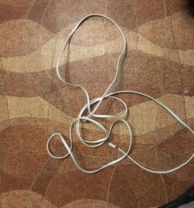 Кабель на iPhone 5s