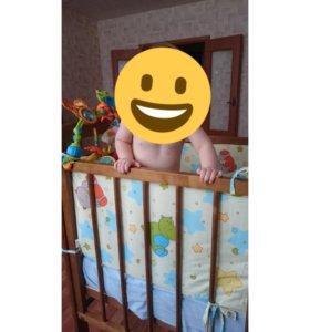 Детская кроватка +матрас(пружинный) + бортики