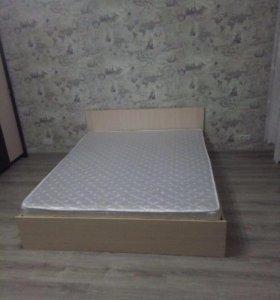 Новая кровать 160*200 с матрасом