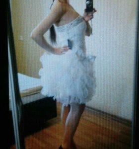 Нарядное новое платье на праздник,  свадьбу,