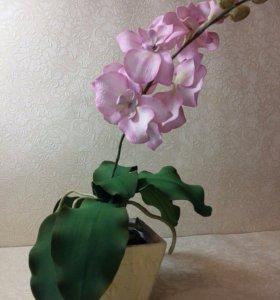 Цветок в горшке из фоамирана