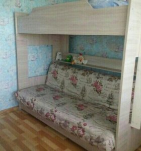 Продам двух-ярусную кровать.