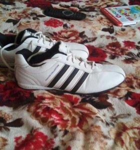 новые кросовки мужские