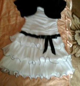 Платье на 10 -11 лет тел 9231689184