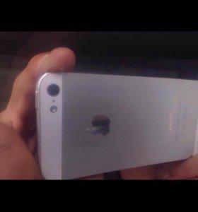 I Phone 5 белый 16гиг