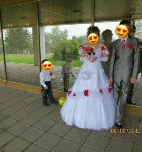 Свадебное платье продам или сдам на прокат