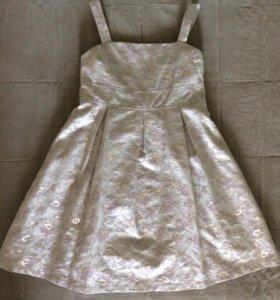 Нарядное платье для девочки( Benetton)