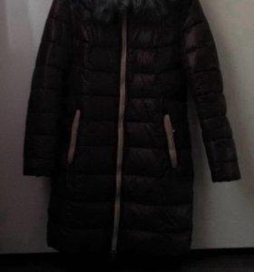 Куртка зимняя .пуховик