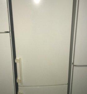 Холодильник б/у Liebherr CBP 3656