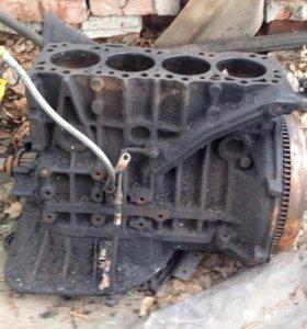 Двигатель Nissan LD23 без ГБЦ