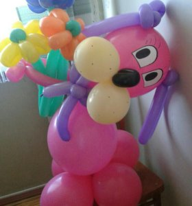 Фигуры и букеты из воздушных шаров