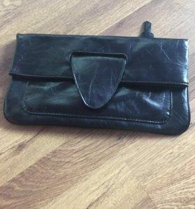 Чёрный кожаный клатч