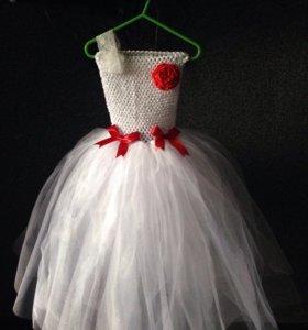 Пышные юбки, платья к празднику для детей от года.