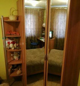 Срочно Продается удобный угловой шкаф-гардероб!!!