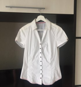 Блузка рубашка приталенная 42-44