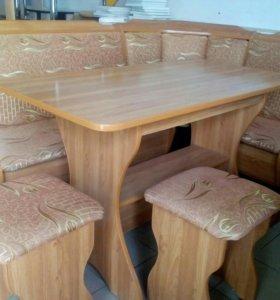 Кухонный угол, стол, 2 табурета