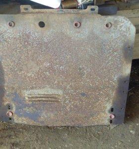 Защита двигателя на ауди 100