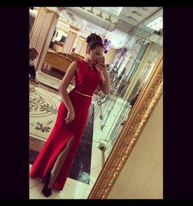 Шикарное платье(серьги в подарок )
