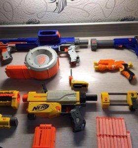 2 бластера NERF + пистолет