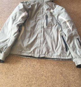 Женская спортивная куртка (зима)
