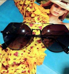 Очки солнцезащитные. Fendi. Арт-128