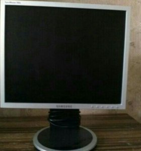 Монитор Самсунг 17 дюймов