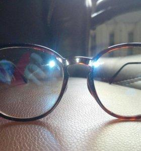 Очки солнцезащитные UNI
