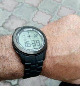 Часы XONIX.