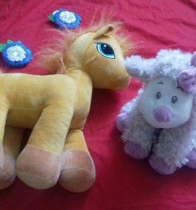 Лошадка и овечка мягкие игрушки