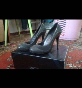 Обувь 38р-р