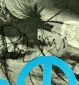 Афиша с автографом группы Дельфин