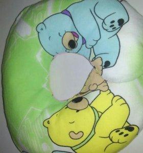 Ортопедическая подушечка для малыша