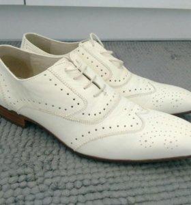 Мужские кожаные туфли 41 размер