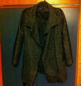 Пальто новое , не носилось!!!!!!!! Фирменное