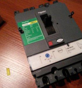 Автоматический выключатель и расцепитель