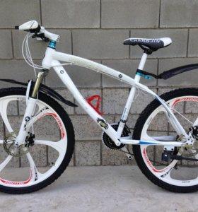 Велосипед BMW X 1 новый в коробке