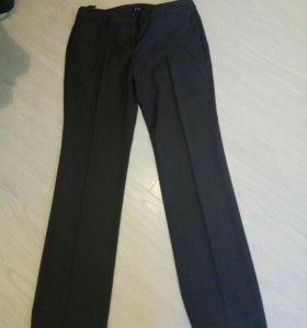 Новые брюки женские.