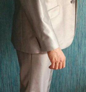 Мужской костюм Cansler