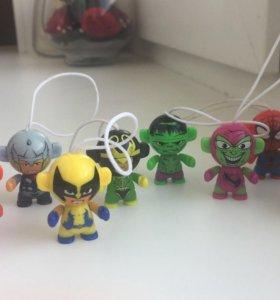 Фигурки героев Marvel